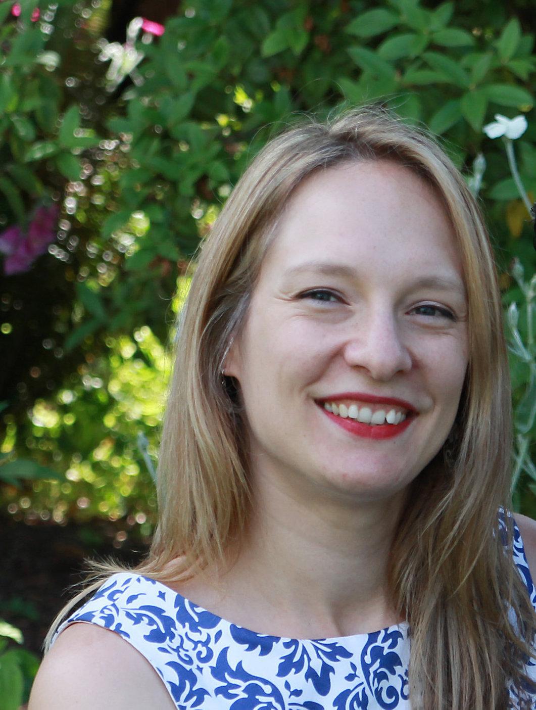 Carolyn Laba Freelance Writer Blogger